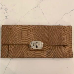 Handbags - Nude Clutch